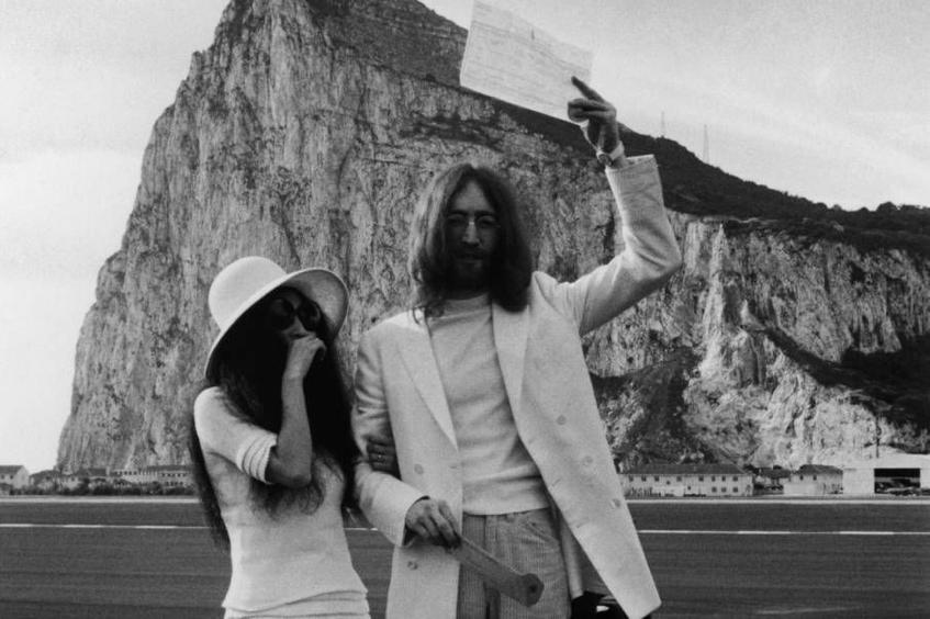 1969 John Lennon and Yoko Ono marry in Gibraltar